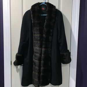 ALORNA Wool and Fur Women's Coat